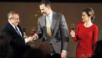 ALTHOUGH SPAIN IS THE BIGGEST EXPORTER OF  WINE – IT IS LET DOWN BADLY BY POOR  MARKETING